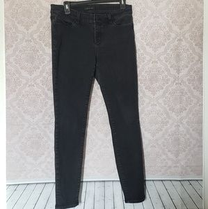 Ann Taylor the skinny modern fit black faded jeans